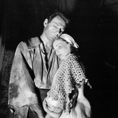 Yves Montand and Simone Signoret as John and Elizabeth Proctor in a production of Arthur Miller's The Crucible, at the Sarah Bernhardt Theater, Paris, 1955