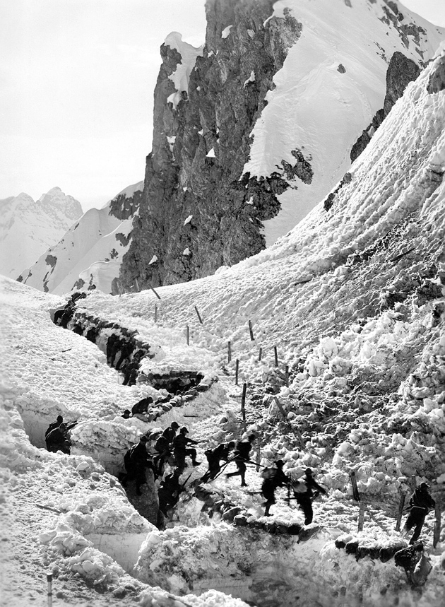 Italian riflemen leaving their trenches to attack the Austro-Hungarians during World War I; from Mark Thompson's The White War: Life and Death on the Italian Front, 1915–1919