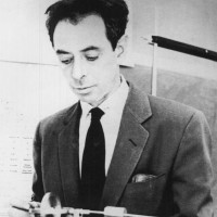 Frank Oppenheimer with a gyroscope at Pagosa Springs High School, where he taught in the late 1950s
