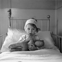 Three-year-old Eileen Dunne in the Hospital for Sick Children, 1940; photograph by Cecil Beaton