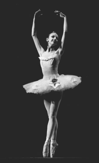 Toni Bentley, age 16, in Paquita
