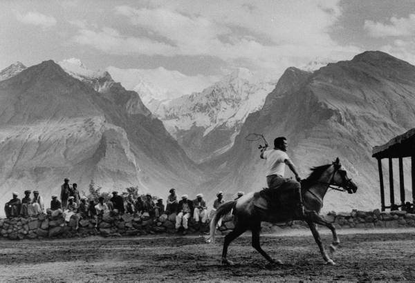 Polo in Hunza Valley.jpg