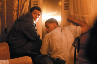 Dominic West as Detective Jimmy McNulty and Corey Parker Robinson as Detective Leander Sydnor in The Wire
