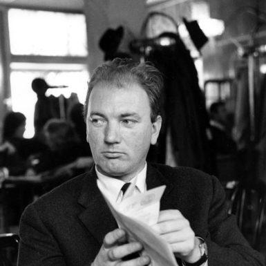 Thomas Bernhard, Cafe Bazar, Salzburg, 1963