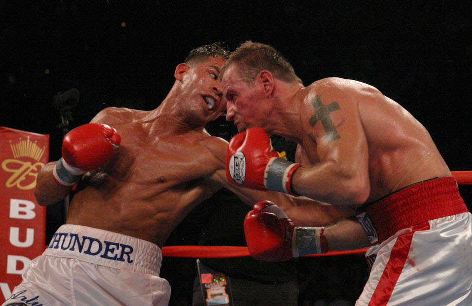 Arturo Gatti and Micky Ward.jpg