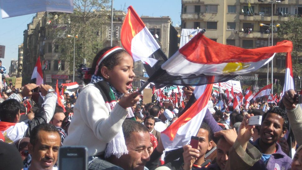 Chanting girl, Cairo, February 18.jpg
