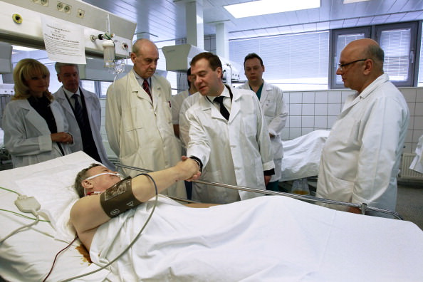 Medvedev, Sklifosovsky hospital.jpg