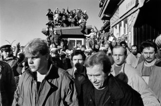 Václav Havel leaving an unofficial meeting with Lech Wałesa at the Czech–Polish border, March 17, 1990