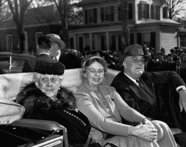 President Franklin Delano Roosevelt with his mother, Sara Delano Roosevelt, and his wife, Eleanor Roosevelt, Hyde Park, New York, November 1940