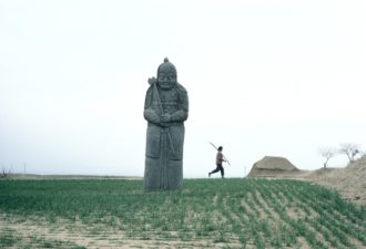 Stone statue in the grave site called Yongdingling, where the emperors of the Northern Song dynasty rest, Gongxian, China, 1982