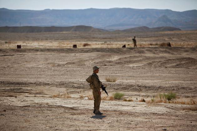 Israeli soldiers on patrol.jpg