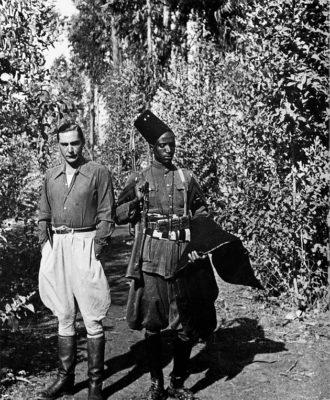 Curzio Malaparte with an Ethiopian soldier, Ethiopia, 1939