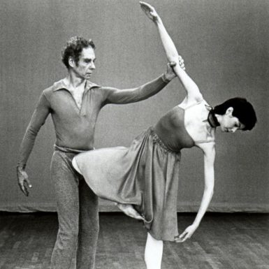 Merce Cunningham and Catherine Kerr performing Duets (1980)