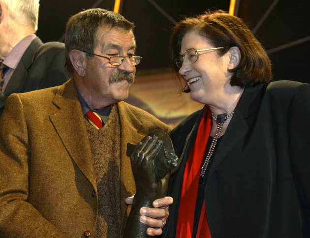 Günter Grass and Christa Wolf at the Leipzig Book Fair, March 21, 2002. Wolf was awarded a prize for lifetime achievement.