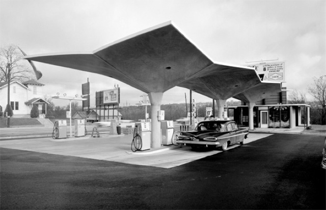 Diamond Gas Station.jpg