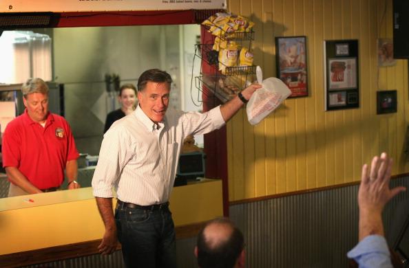 Mitt Romney at Bar B Q Shack.jpg