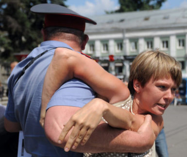 Khimki mayoral candidate Evgeniya Chirikova being detained during a protest in Moscow, July 19, 2011