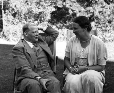 Dietrich Bonhoeffer with his twin sister Sabine in London, just after his return from America and before his final return to Germany, July 1939