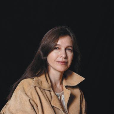 Louise Erdrich, circa 2001