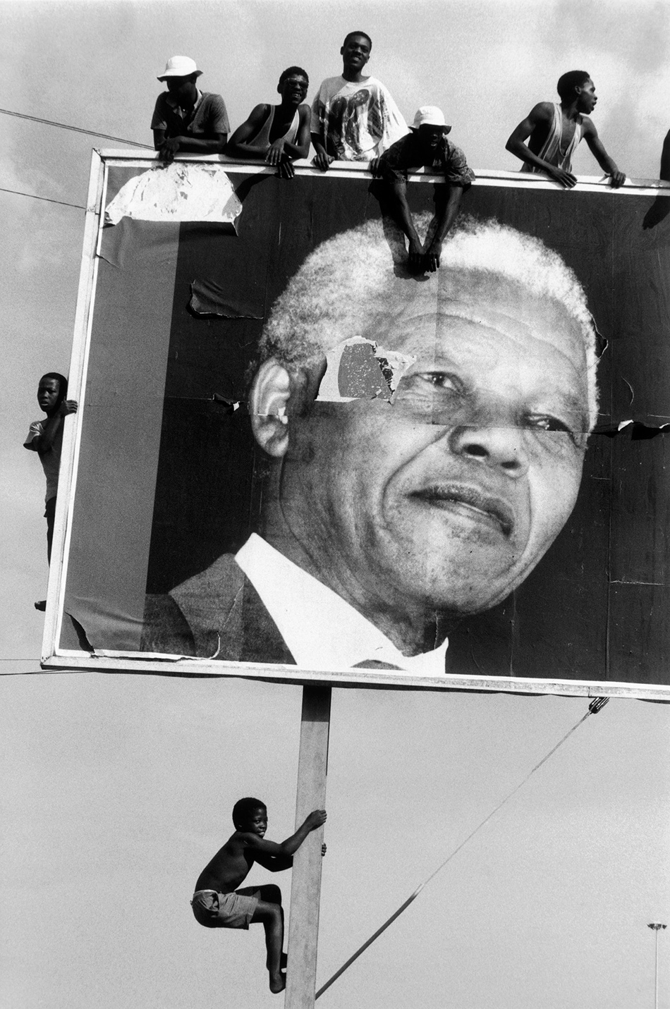 Supporters of Nelson Mandela waiting for his arrival in a Natal township, 1994