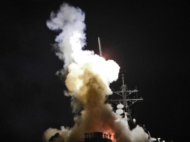 Tomahawk missile launch.jpg