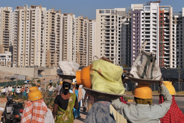 Indian laborers HITECH City.jpg