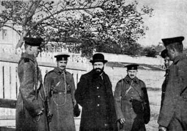 The arrest of Mendel Beilis (center), a Ukrainian Jew who was accused of the ritual murder of a thirteen-year-old boy, tried, and acquitted in Kiev in 1913. Pope Pius X said of Beilis, 'I hope that the trial will end without harm to the poor Jews.'