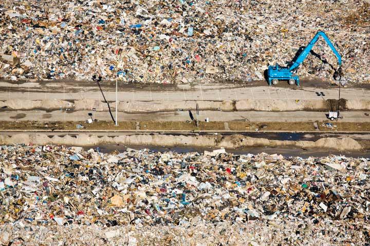 Stephen Wilkes Temporary debris dump.jpg