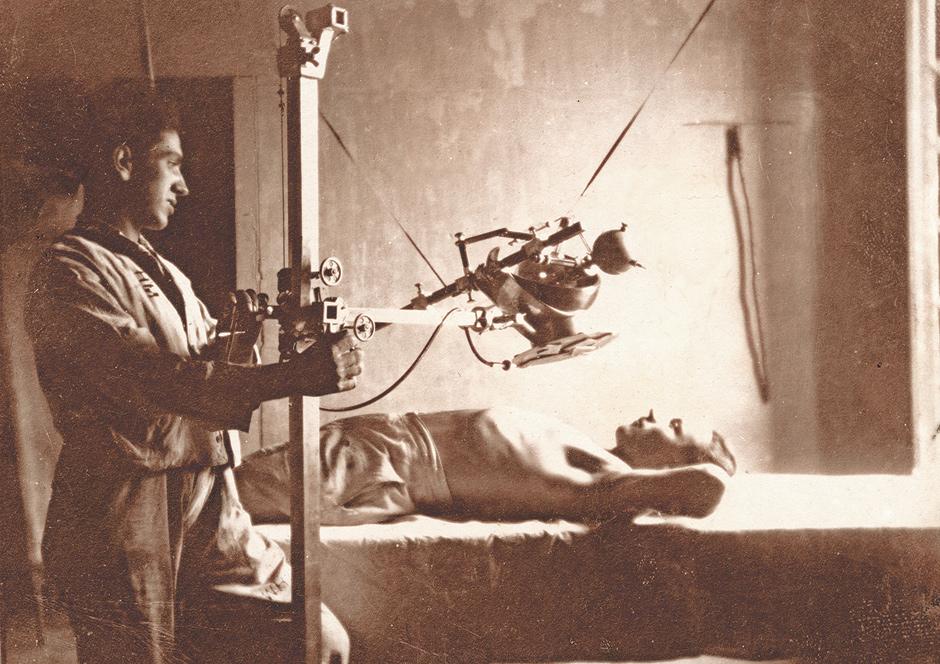 X-ray, Tazz, Algeria