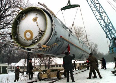 Soldiers preparing to destroy a ballistic SS-19 nuclear missile in Vakulenchuk, Ukraine, December 24, 1997