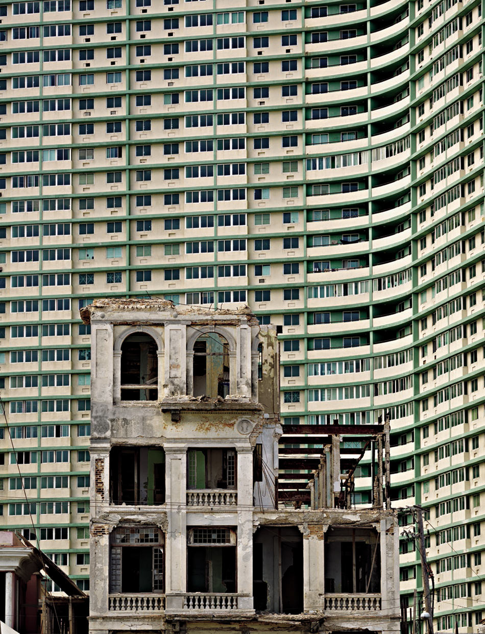 Richard Sexton: Partially demolished building with Edifico FOSCA.jpg