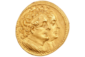 agamemnon vs hamlet Throughout history, revenge, or vengeance, has been altered by several cultures  and  the main example of this is achilles wanting revenge on agamemnon   revenge in shakespeare's hamlet essay - the tragedy of hamlet, prince of.