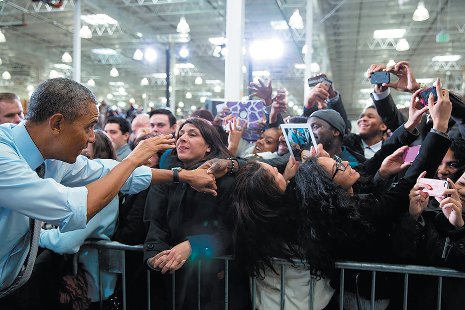 President Obama at the Costco store in Lanham, Maryland, where he gave a talk on raising the minimum wage, January 2014