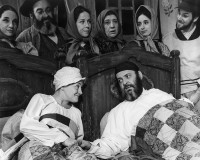 Maria Karnilova and Zero Mostel in the original Broadway production of Fiddler on the Roof, 1964