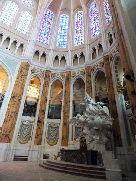 Chartres faux marble wide view.jpg