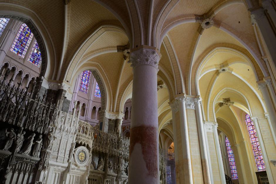restore Chartres 1.jpg