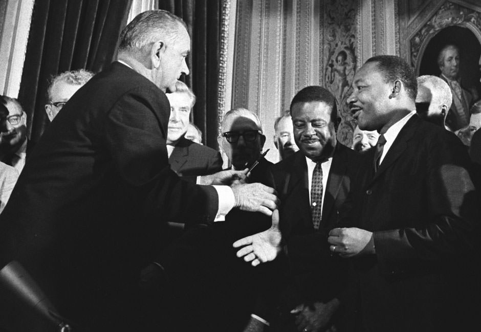 relationship between martin luther king and jfk