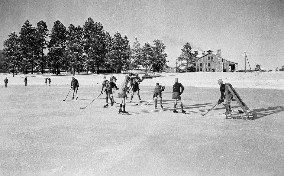 Los Alamos hockey.jpg