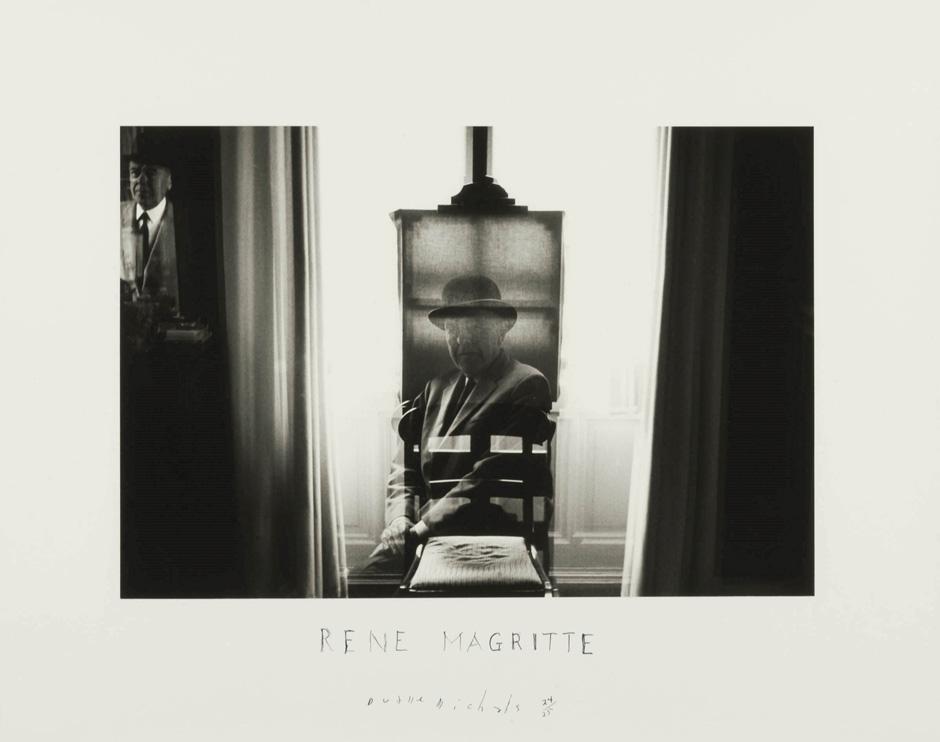 Magritte easel.jpg