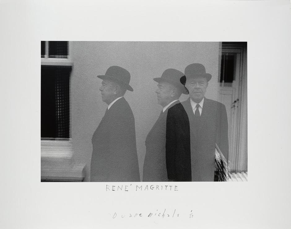 Magritte triple.jpg