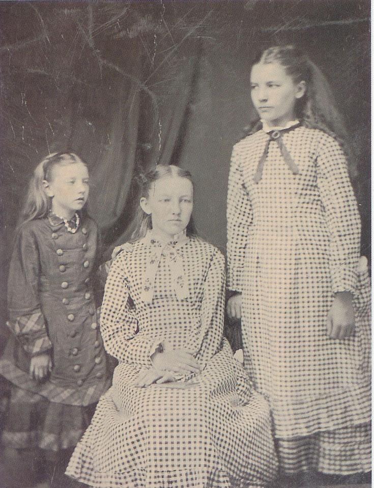 Pioneer Girl sisters.jpg
