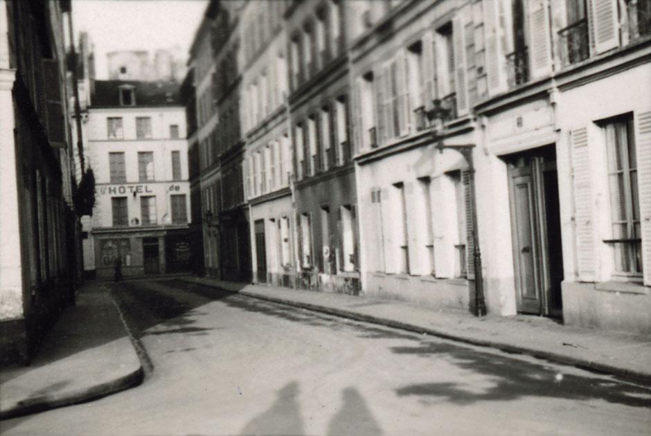 Paris empty2.jpg