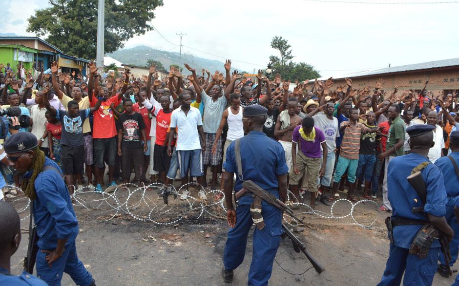 Burundian police.jpg