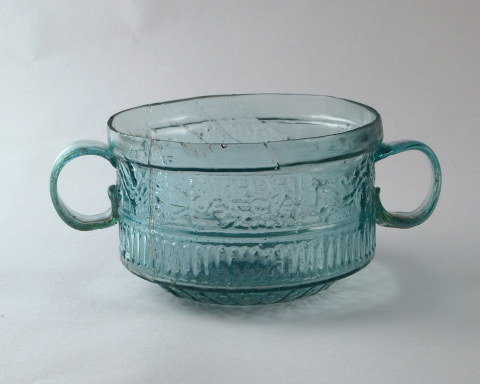two-handled cup Pavia.jpg