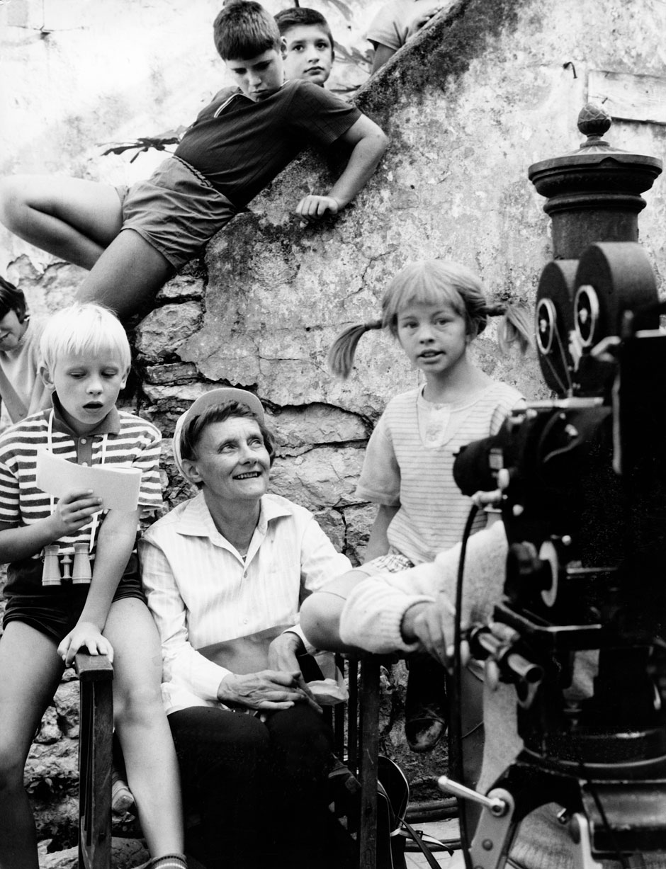 Astrid Lindgren with Inger Nilsson (right) as Pippi Longstocking, during the filming of Pippi in the South Seas, Sweden, 1969