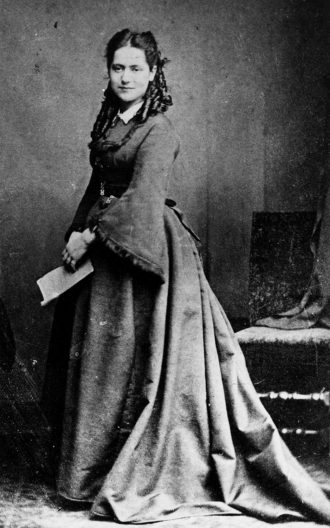 Eleanor Marx at the age of about sixteen, 1871