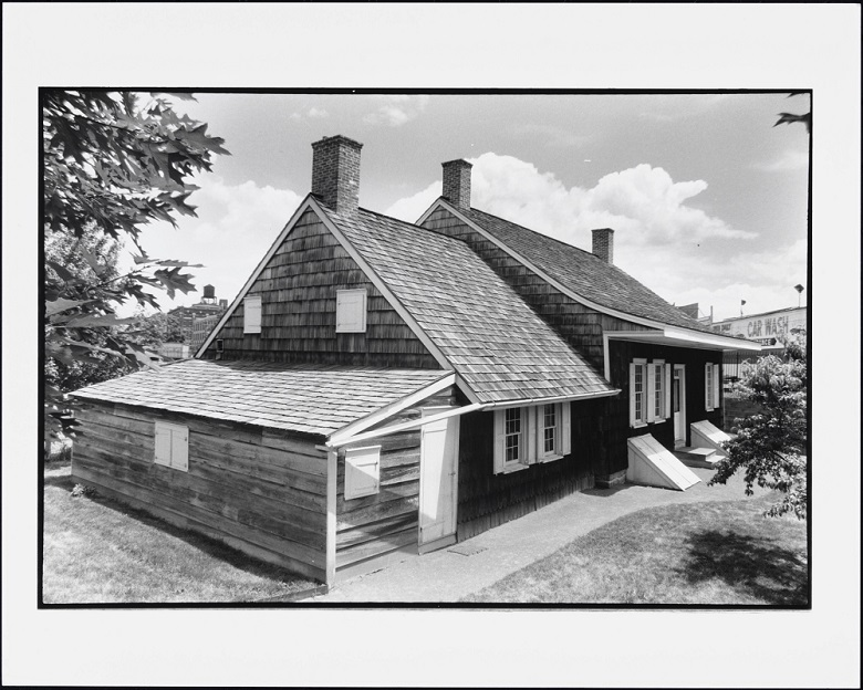 Wyckoff House.jpg