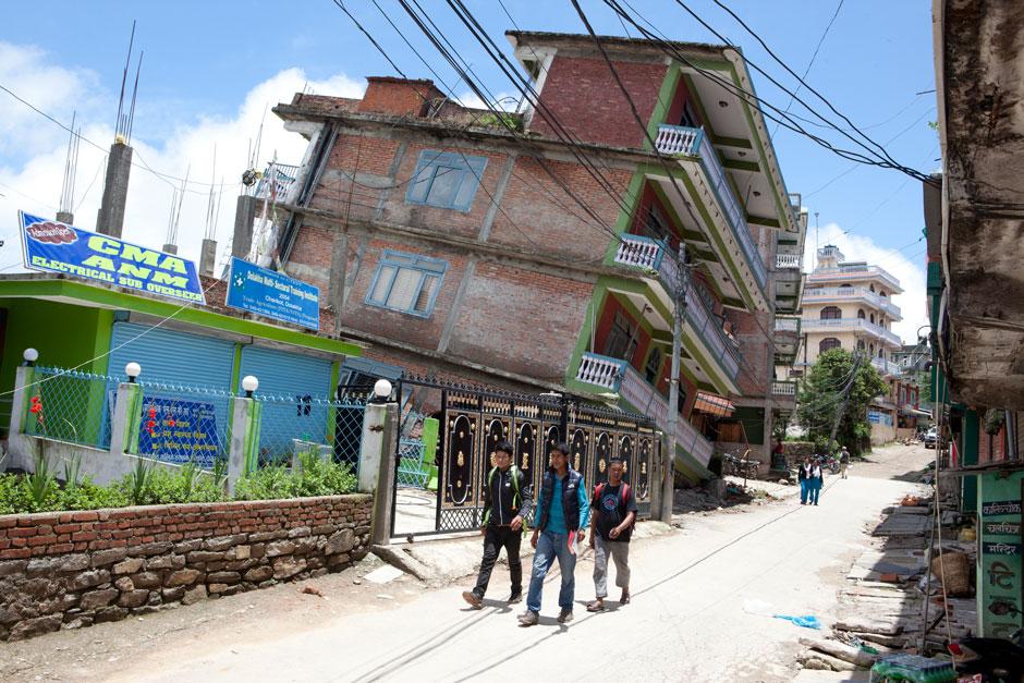 leaning building Charikot.jpg