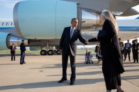 President Obama and Marilynne Robinson at the airport in Des Moines after their conversation, just before he boarded Air Force One, September 2015