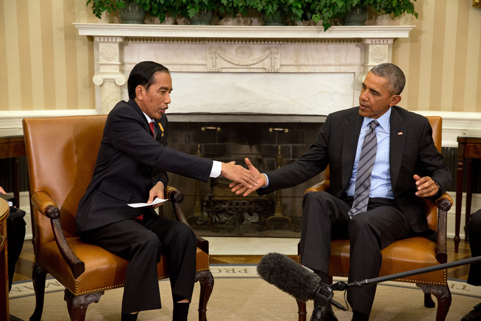 Obama and Widodo.jpg